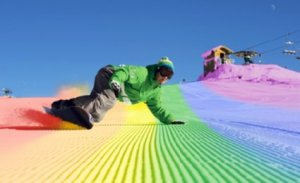 Snowboarding_rainbow-hill
